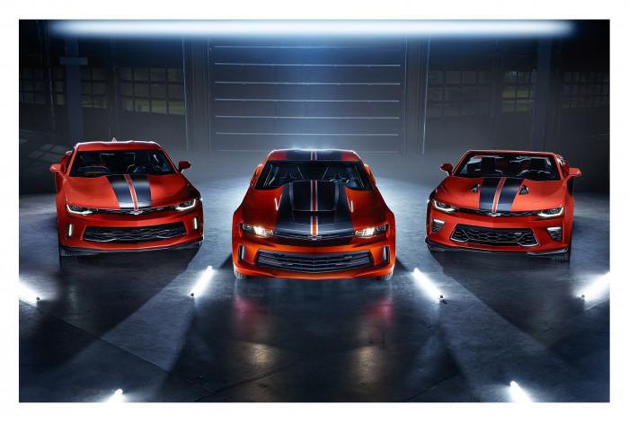 Модульная картина из 3 частей Красные автомобили